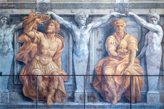 16th århundradefreskomålning i ett av rummen av Raphael i Vaticaen Arkivfoton
