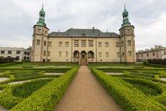 17th århundradeslott av de Krakow biskoparna i Kielce, Polen Arkivbild