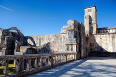 12th århundradeTemplar kyrka på kloster av Kristus i Tomar- Arkivfoto