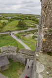 16th århundradetornhus - Dunguaire slott Arkivbilder