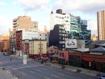 10th улица в Челси, Нью-Йорк от парка высокой ветки Стоковое Изображение RF