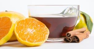 thé avec la vitamine naturelle Image libre de droits