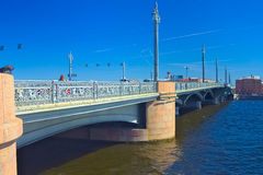 19th century The Blagoveshchensky (Annunciation) Bridge decorated with the hippocampus. Across Neva River in Saint Petersburg, Rus Stock Photos