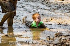 21th corsa annuale di trotto di Pollywog - di Marine Mud Run Immagini Stock Libere da Diritti