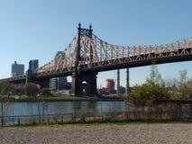 59th gatabro, Queensboro bro från Roosevelt Island, NYC, NY, USA Fotografering för Bildbyråer