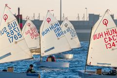 29th INTERNATIONELLA PALAMOS-OPTIMISTTROFÉ 2018, 13TH NATIONKOPP, 15 Februari 2018 stad Palamos, Spanien Arkivfoton