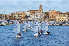 29th INTERNATIONELLA PALAMOS-OPTIMISTTROFÉ 2018, 13TH NATIONKOPP, 15 Februari 2018 stad Palamos, Spanien Fotografering för Bildbyråer