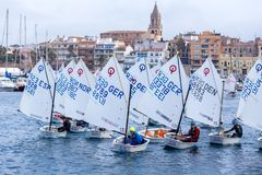 29th INTERNATIONELLA PALAMOS-OPTIMISTTROFÉ 2018, 13TH NATIONKOPP, 16 Februari 2018 stad Palamos, Spanien Fotografering för Bildbyråer