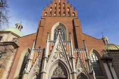 13th kyrka för helig Treenighet för århundrade, fasad, Krakow, Polen Royaltyfria Bilder