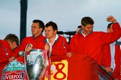 The Champions of Europe 2005. 26th May 2005, Liverpool, UK. The Liverpool FC team bus after they won the Champions League cup in Istanbul. Steven Gerrard, John stock photo