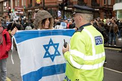 National Demo: Justice Now - Make it right for Palestine London. 4th November 2017, London, United Kingdom:-Pro Israeli protester confronts a metropolitan police Stock Images