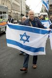 National Demo: Justice Now - Make it right for Palestine London. 4th November 2017, London, United Kingdom:-Pro Israeli protesters counter demonstrate a pro Stock Photography