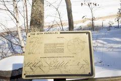 45th parallella tecken, traversstad, Michigan Fotografering för Bildbyråer