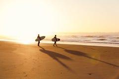 18th 2008 sätter på land surfarear för fotoet för önovember padre som tas texas Arkivbild
