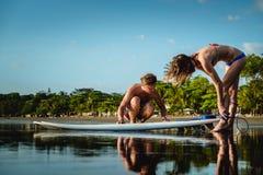 18th 2008 sätter på land surfarear för fotoet för önovember padre som tas texas Arkivfoton