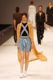 a 39th semana de moda ucraniana em Kyiv, Ucrânia Fotografia de Stock Royalty Free