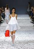 a 39th semana de moda ucraniana em Kyiv, Ucrânia Imagem de Stock Royalty Free