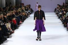 a 39th semana de moda ucraniana em Kyiv, Ucrânia Fotos de Stock Royalty Free