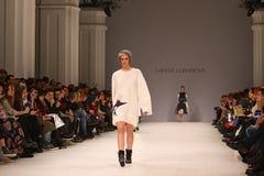 a 40th semana de moda ucraniana em Kyiv, Ucrânia Imagens de Stock