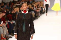 a 39th semana de moda ucraniana Etiqueta uma da coleção Imagens de Stock Royalty Free