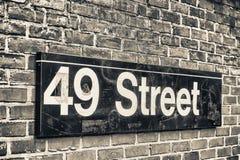 49th sinal do metro da rua, New York Fotos de Stock Royalty Free