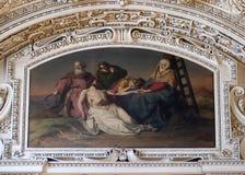 13th stationer av korset, Jesus `-kropp tas bort från korset Fotografering för Bildbyråer