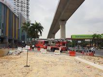 5th Subang Jaya Oct 2016, Malezja Pożarniczego świderu ćwiczenie przy szczytem Hotelowy Subang USJ zrobił rano Obraz Stock