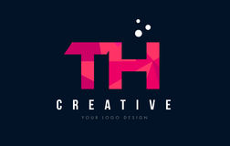 TH T H与紫色低多桃红色三角概念的信件商标 免版税库存图片