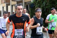 28th Venicemarathon: den amatörmässiga sidan Arkivbilder