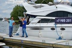 5th yachter och fartyg som är ganska i Moskva, Ryssland Royaltyfri Bild