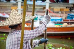 Tha Kha浮动市场 免版税库存照片