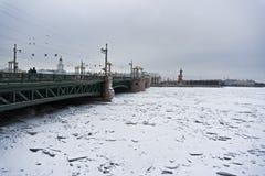Tha-Palastbrücke lizenzfreie stockbilder