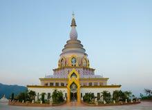Tha Ton Temple, ställe för religiösa övningar av Thailand Arkivfoto