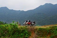Thac Mu, moped i Vietnam royaltyfria bilder