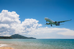 Thai airway airplane landing at Phuket airport Royalty Free Stock Photography