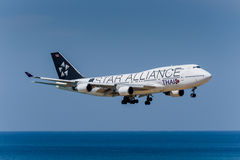 Thai airway star alliance design landing at phuket Stock Photography