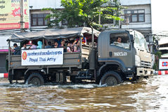 Thai army help the people,Bangkok Flooding Royalty Free Stock Photography