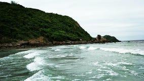 Thai berg och hav Royaltyfria Bilder
