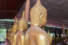 thai buddha guld- staty Arkivbilder