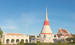 Thai Buddhist white pagoda Royalty Free Stock Photography