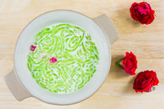 Thai dessert, rice noodles made of rice eaten with coconut milk Stock Photography