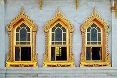 thai fönster för buddhismstiltempel Royaltyfri Bild