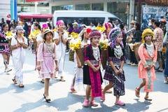 thai flickor royaltyfri foto