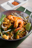 Thai fried noodles with prawn (Pad Thai), Thailand popuplar cuis Stock Photography