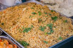 Thai Fried rice with vegetables, chicken and fried eggs,Thai str. Eet food Stock Photos