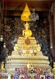 Thai guld- skulptur för Buddha Royaltyfri Foto