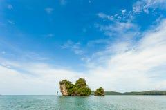 Thai Island with blue sky Royalty Free Stock Photos
