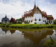 thai kyrklig spegel Fotografering för Bildbyråer