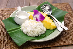 Thai mango sticky rice, khao niaow ma muang Royalty Free Stock Photography