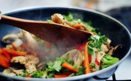 thai matsmåfiskstir Arkivfoto
